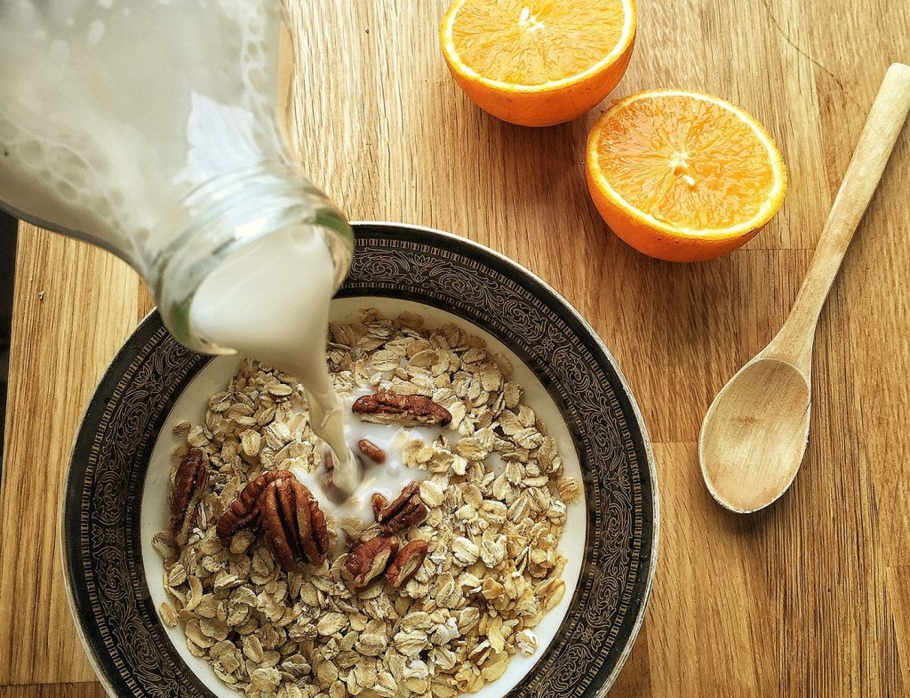 Oats with pecans almond milk